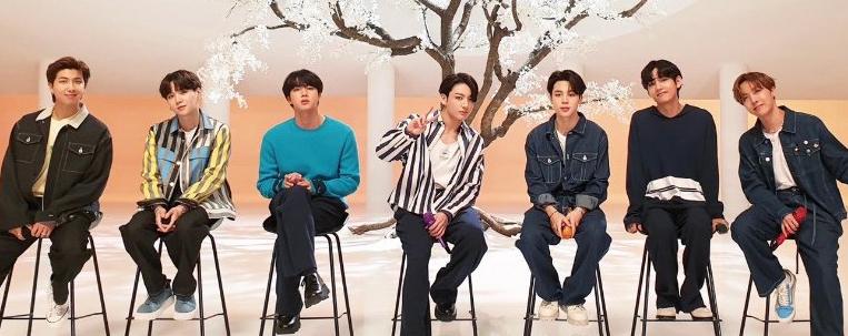 "BTS canta inédita em programa de TV japonês; conheça ""Your Eyes Tell"""