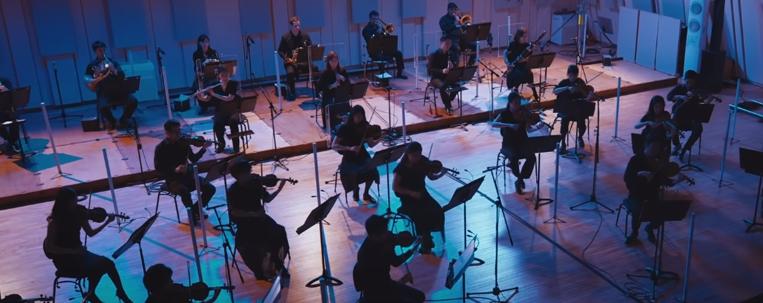 """Saiu a versão de """"End of a Day"""", de Jonghyun, pela Orquestra Filarmônica de Seul; ouça aqui"""