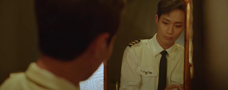 """KNK são pilotos de avião no clipe de """"Ride""""; vem ver"""
