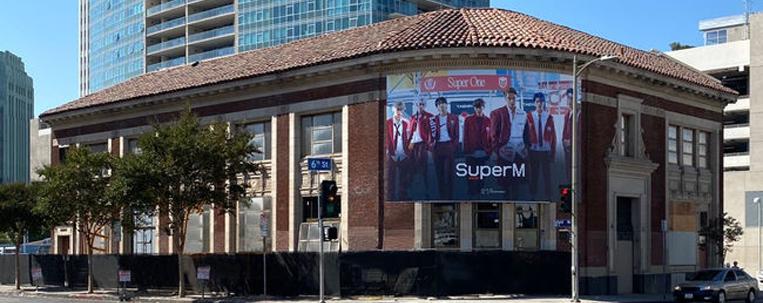 Los Angeles nomeia praça em homenagem à SM Entertainment