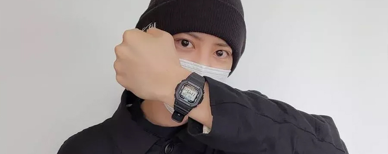 Chanyeol, do EXO, posta foto antes de alistamento militar