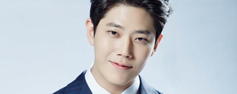 Empresa de Dong Ha nega acusações de bullying contra o ator